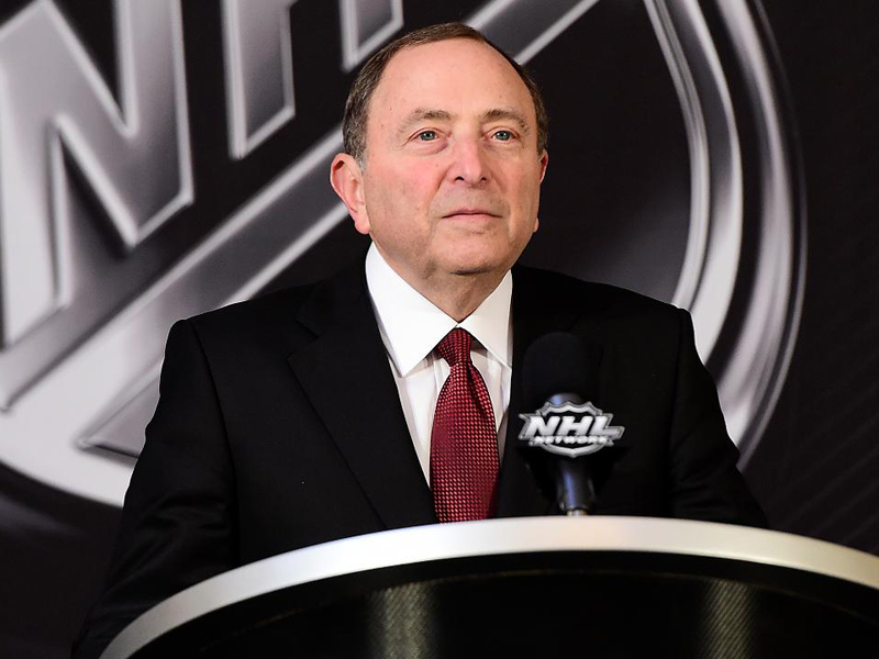 NHL exploring all options for resumption of season, Bettman says