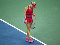 Cincinnati Masters: Bouchard stumbles yet again but shows signs of improvement